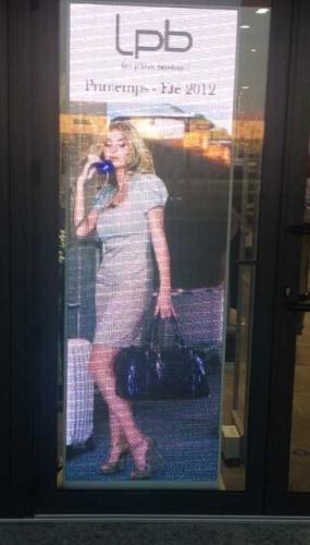 Publicité lumineuse pour vitrine et commerce