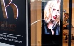 Ecran vitrine magasin Paris
