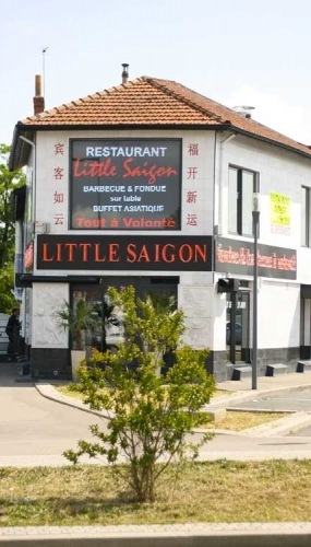 Ecran Led geant little saigon