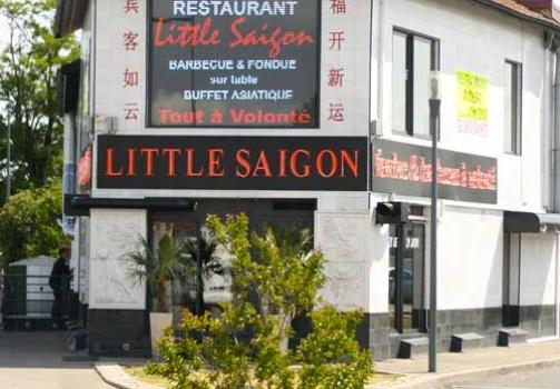 Ecran led geant exterieur Little Saigon